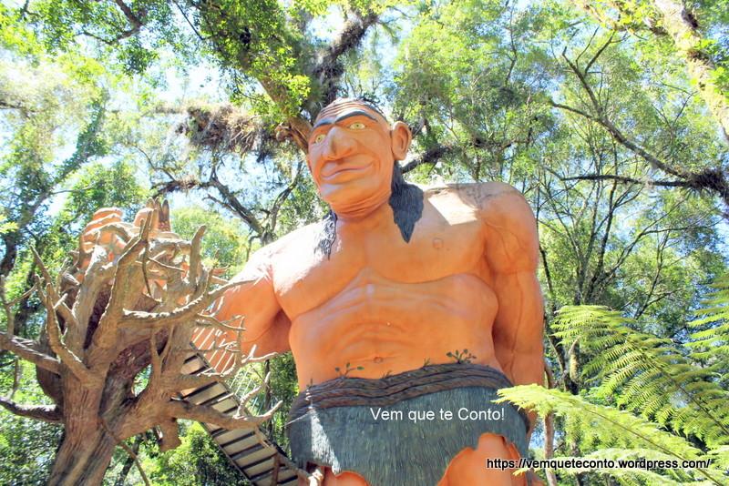 Guardião da Floresta Parque Terra Mágica Florybal